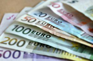 Novac dolazi sa svih strana u Septembru za ova tri znaka